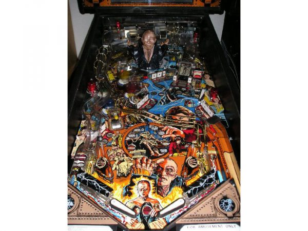 Frankenstien image 5 1 600x450 - Mary Shelley's Frankenstein Pinball Machine