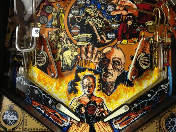 Frankenstien image 6 600x450 - Mary Shelley's Frankenstein Pinball Machine