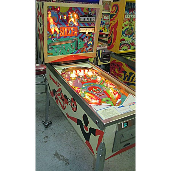Soccer Pinball Machine by Gottlieb