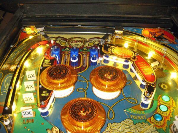 Eight-Ball-Deluxe-Pinball-51