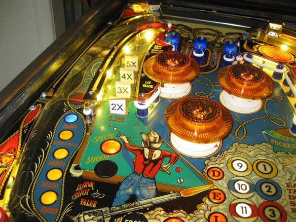 Eight-Ball-Deluxe-Pinball-91