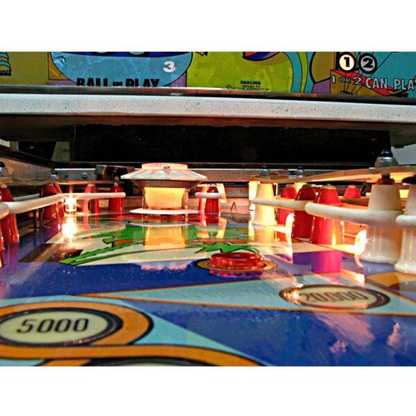 Darling Pinball Machine by Williams